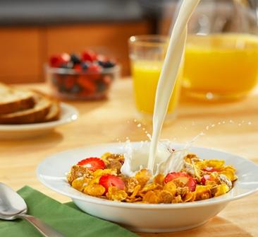Ăn sáng để tiếp thêm năng lượng cho trí não