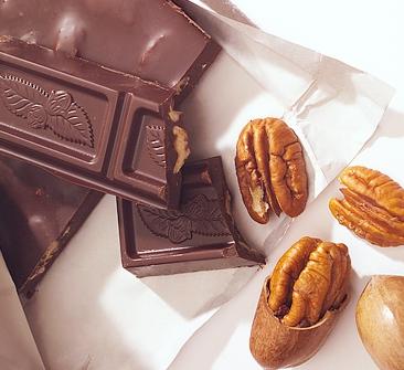 Chocolate và các loại hạt