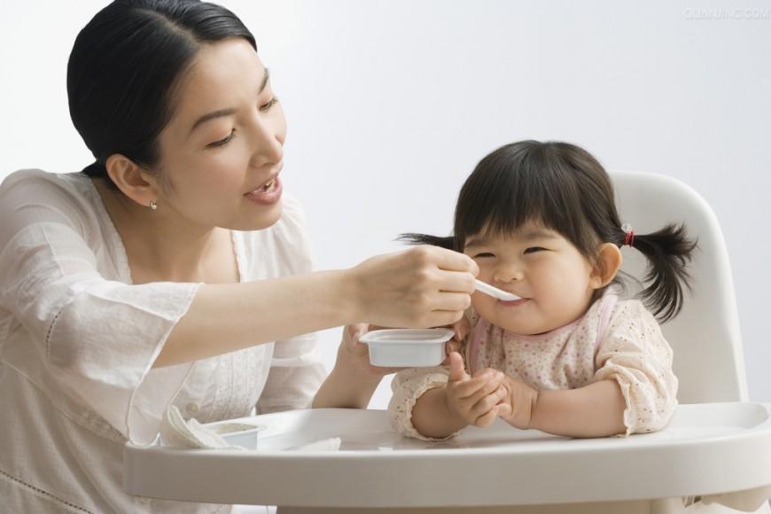 Phân bổ cấu trúc và số bữa ăn cho trẻ