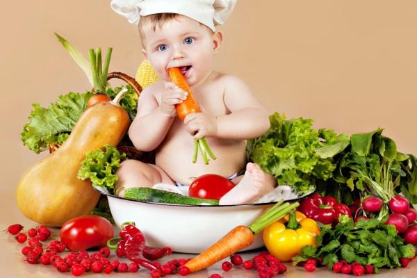 Cách lựa chọn thực phẩm phù hợp với độ tuổi của trẻ
